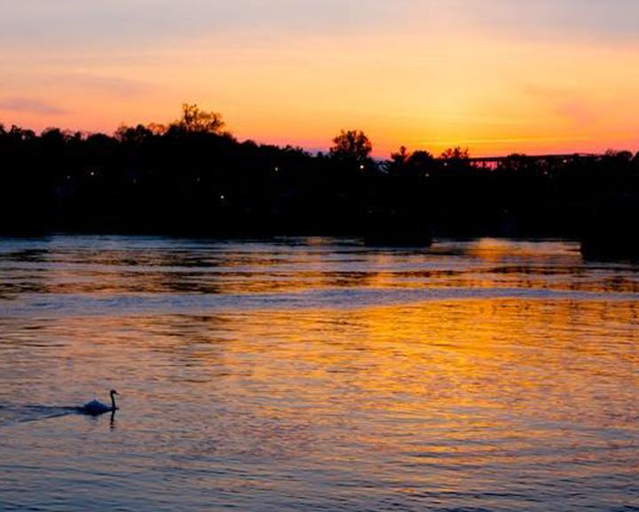 Sceniczne widoki na rzekę